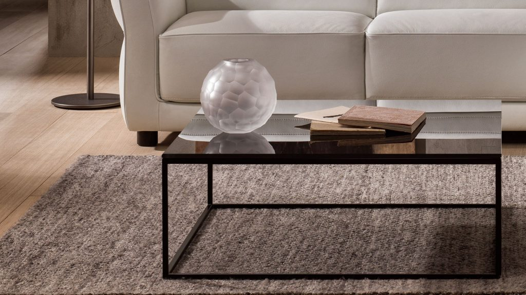 Side Tables And Coffee Tables In All Shapes And Sizes Complement Natuzzi  Italia Living Room Furniture,in A Highly Functional Interpretation Of Style.